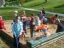 Hry na školní zahradě